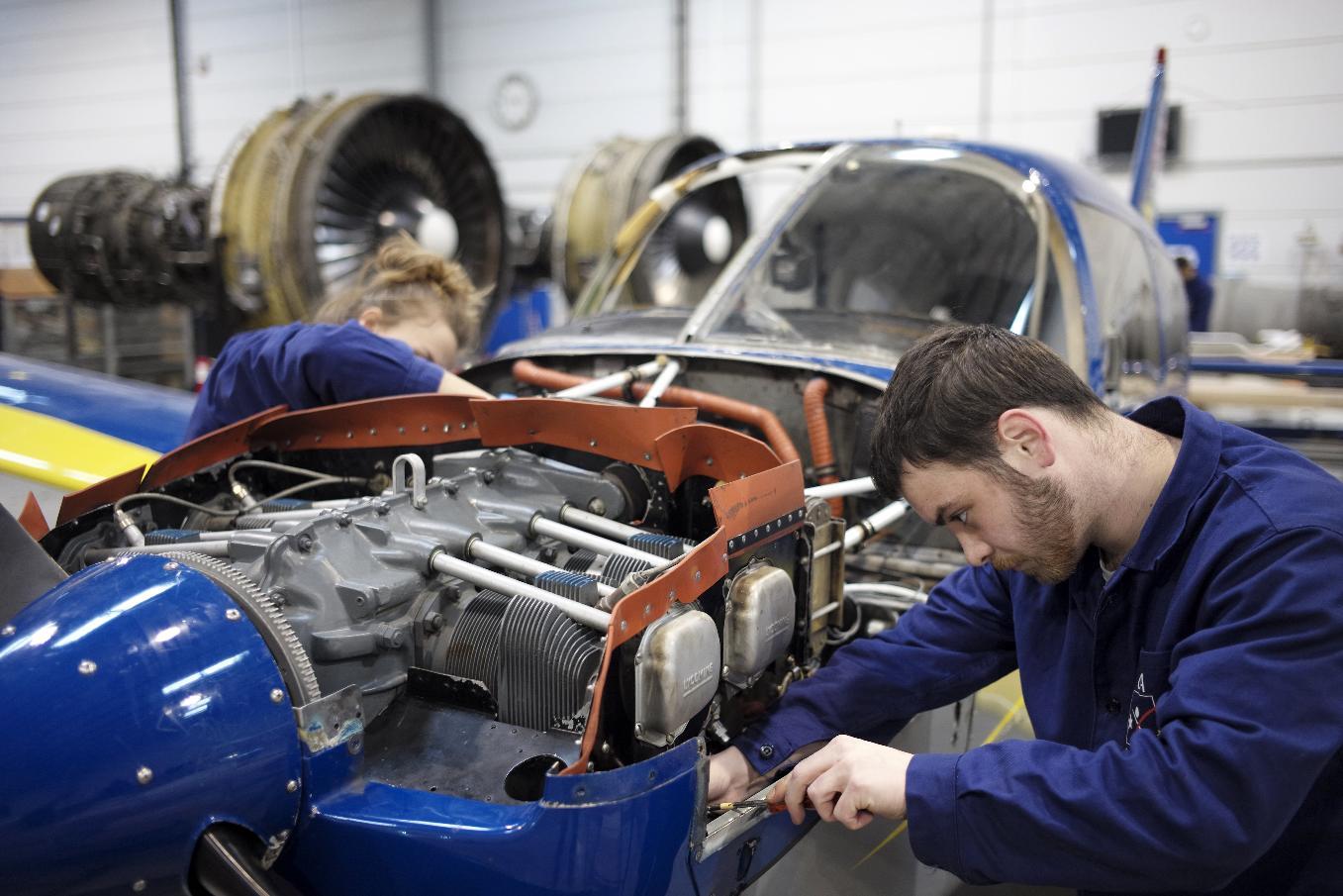 Apprenti mecanicien